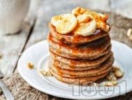 Американски палачинки с банан, овесени ядки и течен шоколад